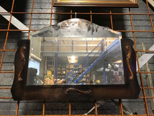 Spiegel Houten Rand : Spiegel met houten rand over de datum